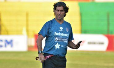 Pelatih Bali United Minta PSSI Perketat Protokol Kesehatan