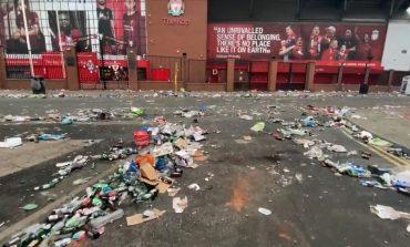 Dampak Liverpool Juara, Sampah Berserakan di Stadion Anfield