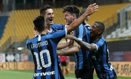 Diwarnai 2 Kartu Merah, Inter Milan Taklukkan Parma