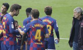 Arturo Vidal Lempar Kode Soal Masa Depan Quique Setien, Bakal Dipecat Barcelona?