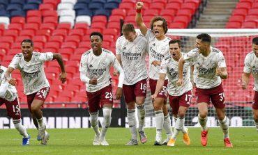 Viral! Emiliano Martinez Tantang Van Dijk Sebelum Adu Penalti dan Arsenal Juara