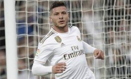 Luka Jovic Tolak Tawaran Gabung Chelsea