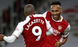 Dilema Arteta di Arsenal: Haruskah Korbankan Lacazette demi Aubameyang Jadi Striker?