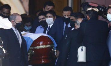 Haru Biru Pemakaman Diego Maradona