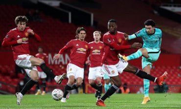 Neville: MU Tak Bermental Juara, Sulit Saingi Liverpool-City