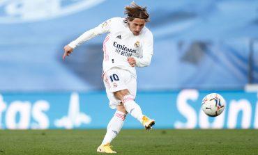 Real Madrid Masih Krisis Pemain, Cuma Bawa 4 Gelandang Lawan Cadiz