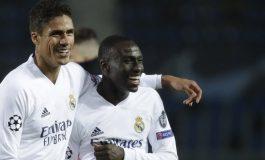Digoda PSG, Raphael Varane Mantap Pilih Manchester United