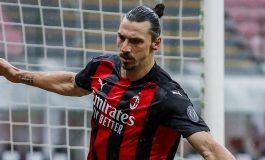 Zlatan Ibrahimovic Resmi Perpanjang Kontrak di AC Milan