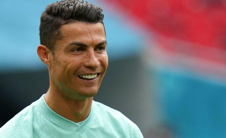 Rencana Ambisius Laporta: Duetkan Ronaldo Dengan Messi di Barcelona